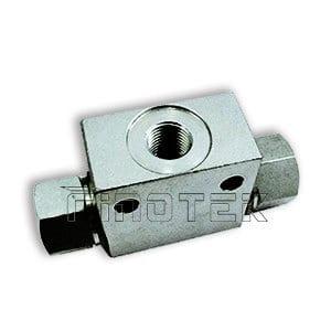 30L (8US GAL) / Min. Válvula hidráulica de traslado