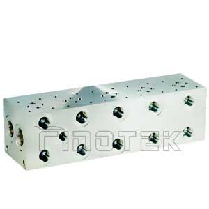 D03 collettori idraulici