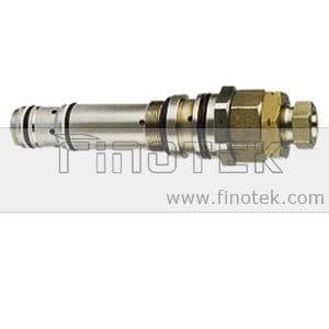 Komatsu Pelle PC200-6 valve principale